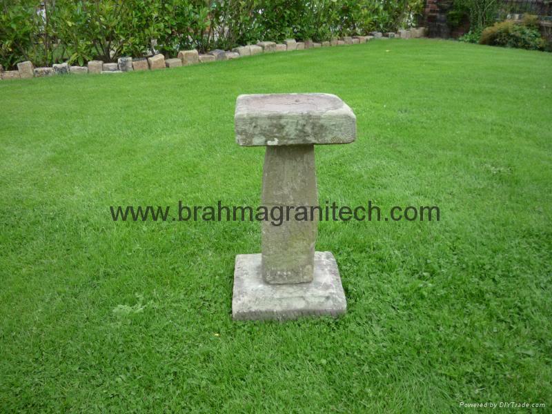 Stone bird bath india manufacturer sandstone cobble for Diy stone birdhouse