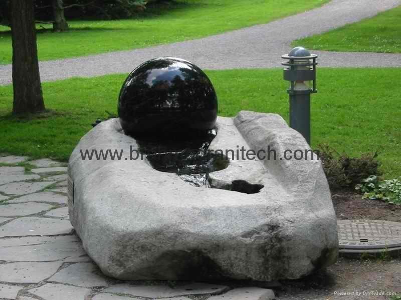 stein ball fontener, spinning ball fontener, rød flytende kuler