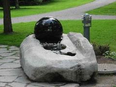 kugelbrunnen mit drehender kugel
