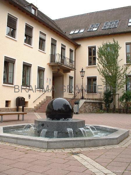 piedra bola de la fuente