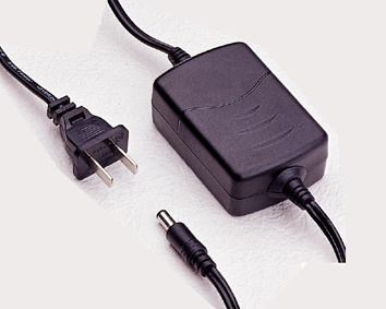 筆記本電腦、數碼產品電源適配器 1