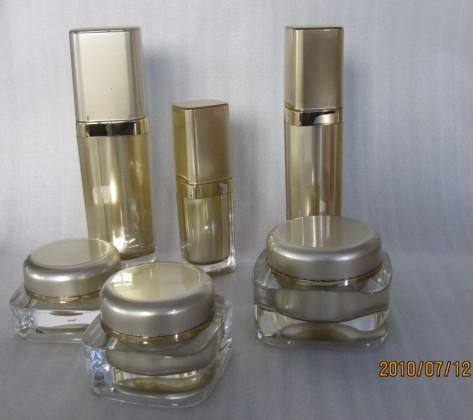 Acrylic plastic bottle , acrylic cream jar , plastic cosmetic container  1