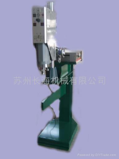 中空板焊接機 1