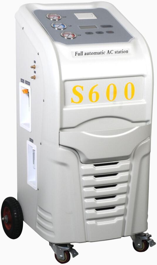 全自動汽車空調冷媒回收加註機 1
