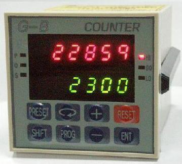 自动位移追踪控制器 1