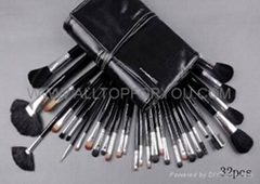 Top Quality M.A.C Make up 32pcs Brushes with bag hotest!!!