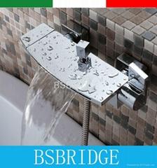 double handle waterfall bathtub faucet mixer,grifo bano,misturador monocomando