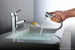 Single Lever Brass Basin Mixer Faucet  with Pull-out Shower  BSBRIDGE M015B01