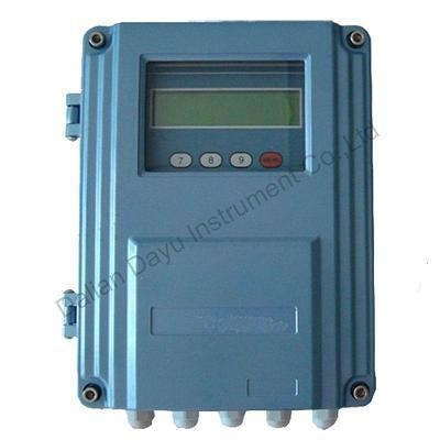 Portable ultrasonic flow meter with clamp on sensor 1