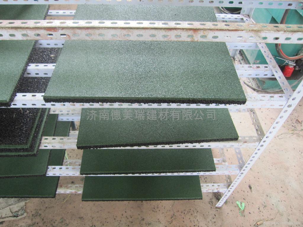 济南幼儿园橡胶地垫 3