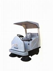 SD1400駕駛式掃地車
