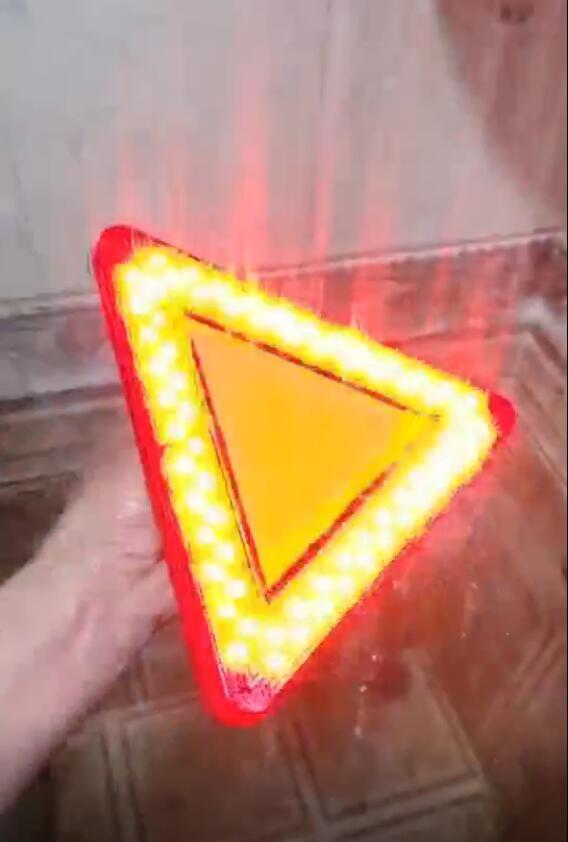 防水LED移动闪烁三角警示牌 8