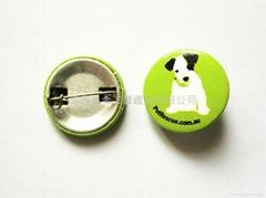 small tin badges