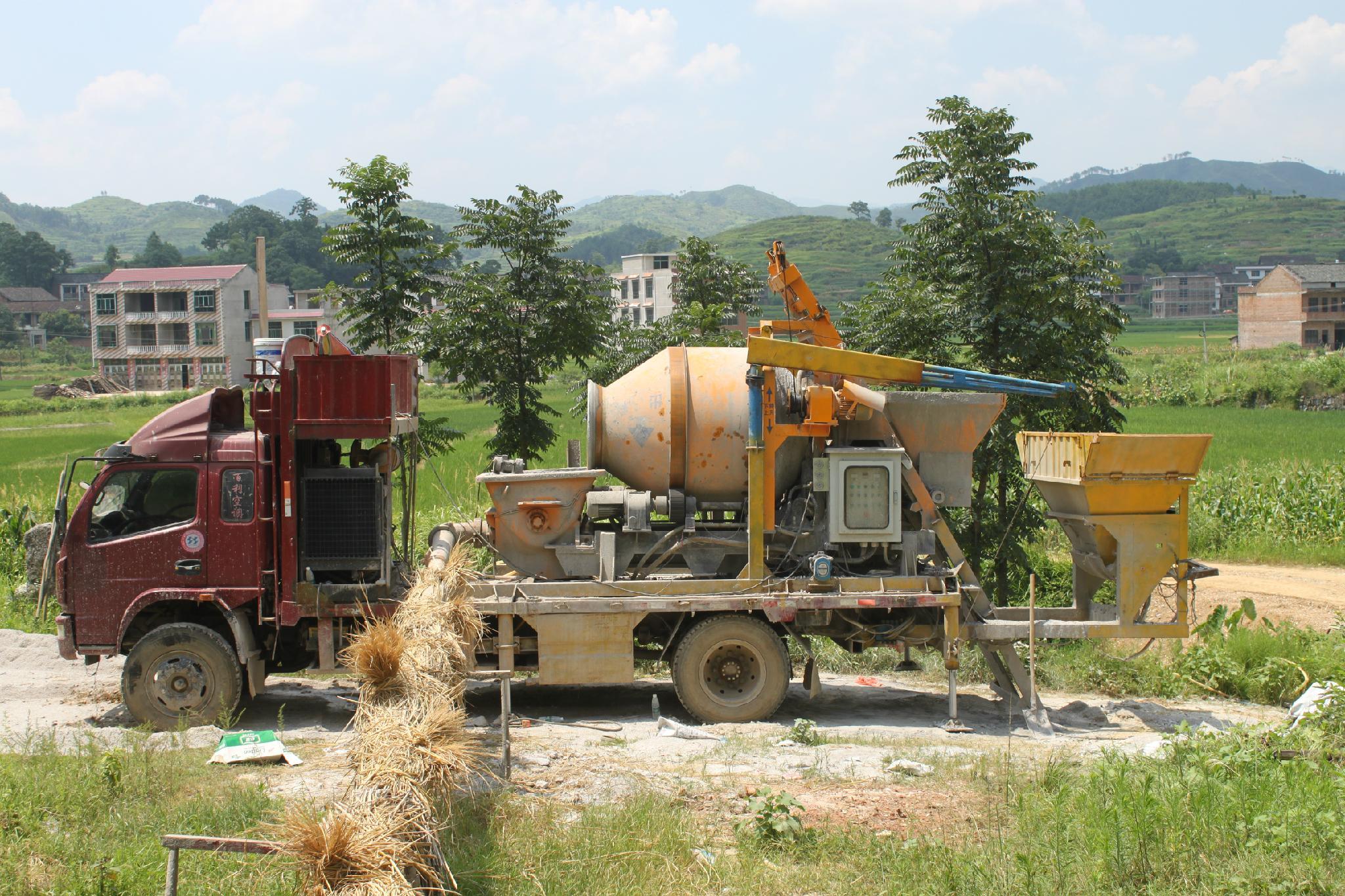 diesel concrete mixer with pump