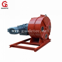hose pump for conveying of water and wastewater
