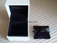 Pandora ebonite box 5x5x4cm (black pillow inside) for charm new version