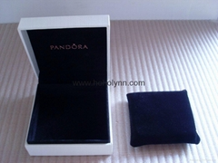 Pandora ebonite box 9x9x4cm (black pillow inside) for bracelet new version