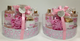 High quality Wild Rose & Raspberry Leaf Bath Gift Set 1