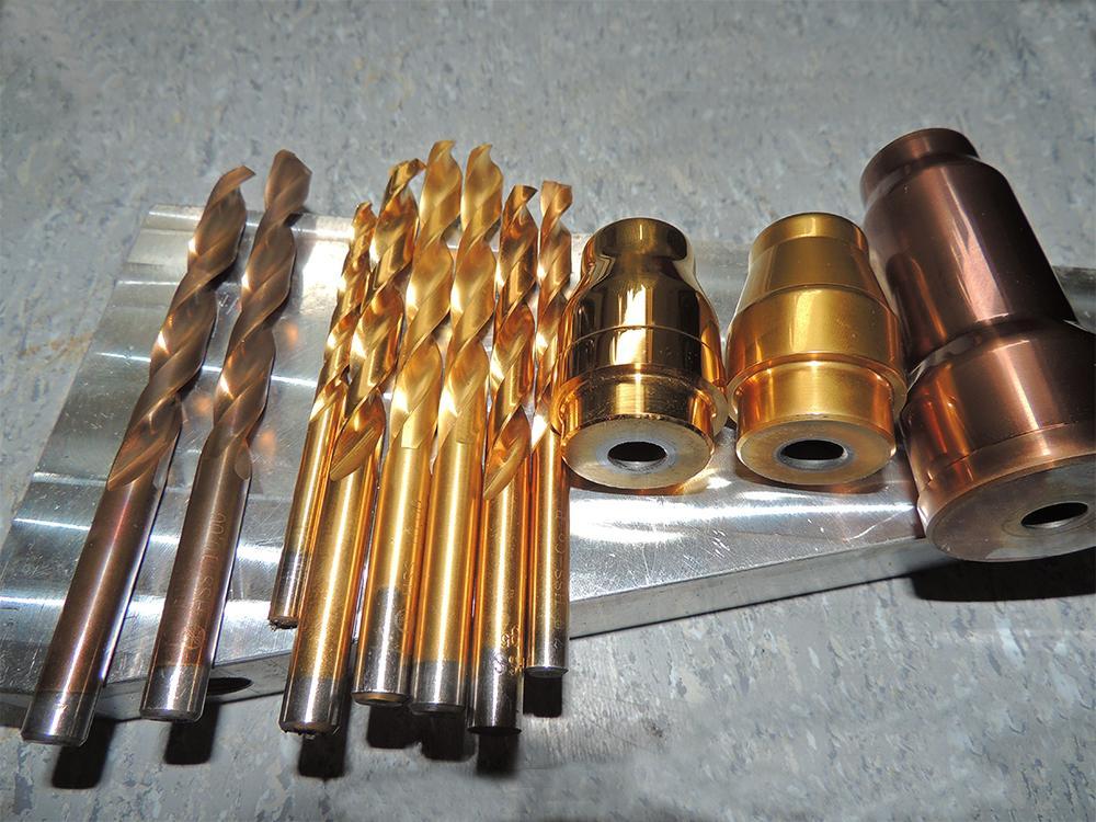 PVD镀膜和功能性膜层高真空多弧离子镀膜机 4