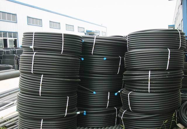 IRRIGATION pipe of high density polyethylene 2