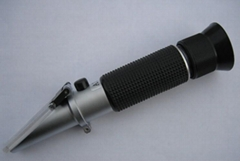 Clinical Protein Refractometer