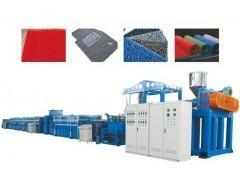 PVC喷丝地毯生产线