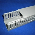 EPIN灰色开口齿型PVC行线槽 3