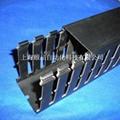 EPIN黑色开口齿形PVC行线槽 3
