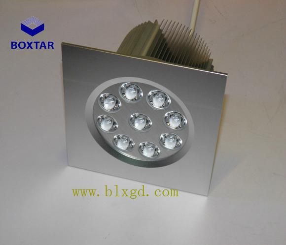 圓形9×3W可調向LED珠寶燈 2