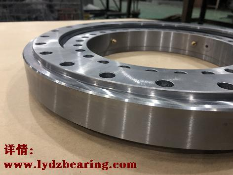 010.20.200 The latest supply of composite slewing bearings