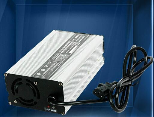 锂离子/聚合物/磷酸铁锂电池充电器 42V5A/36V5A 1
