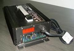 鋰離子/聚合物/磷酸鐵鋰電池充電器 12V50A/16.8V50A