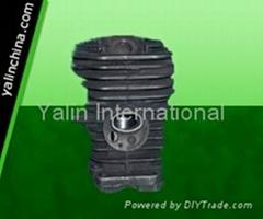 Husqvarna chainsaw 137 cylinder assy/parts and piston kits