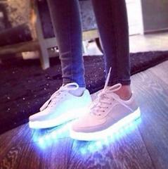 發光燈鞋七彩發光鞋熒光鞋LED鞋跑步鞋USB充電燈光鞋