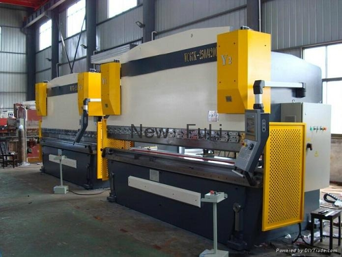 WC67Y Series CNC hydraulic Press Brake 1