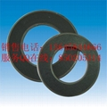 Graphite gasket with inner eyelet