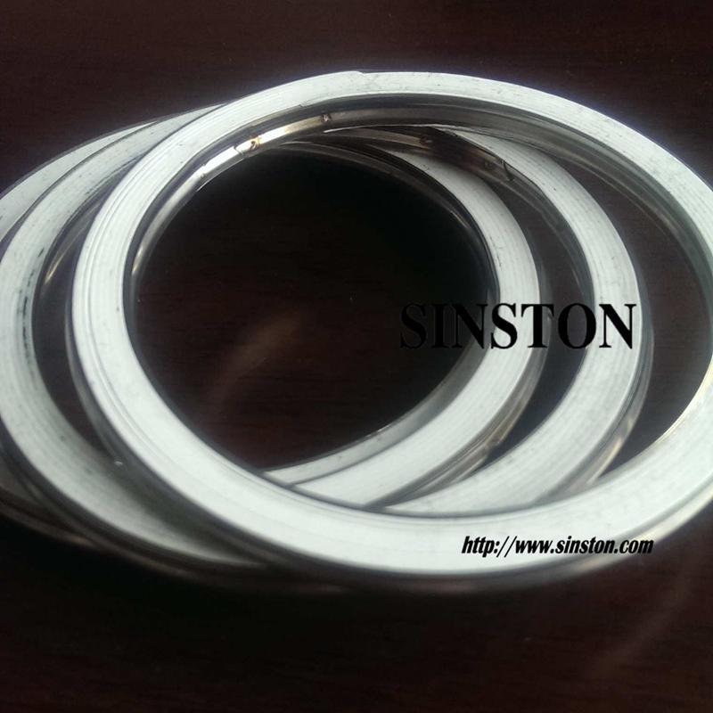 不锈钢304+四氟基本型金属缠绕垫片 1