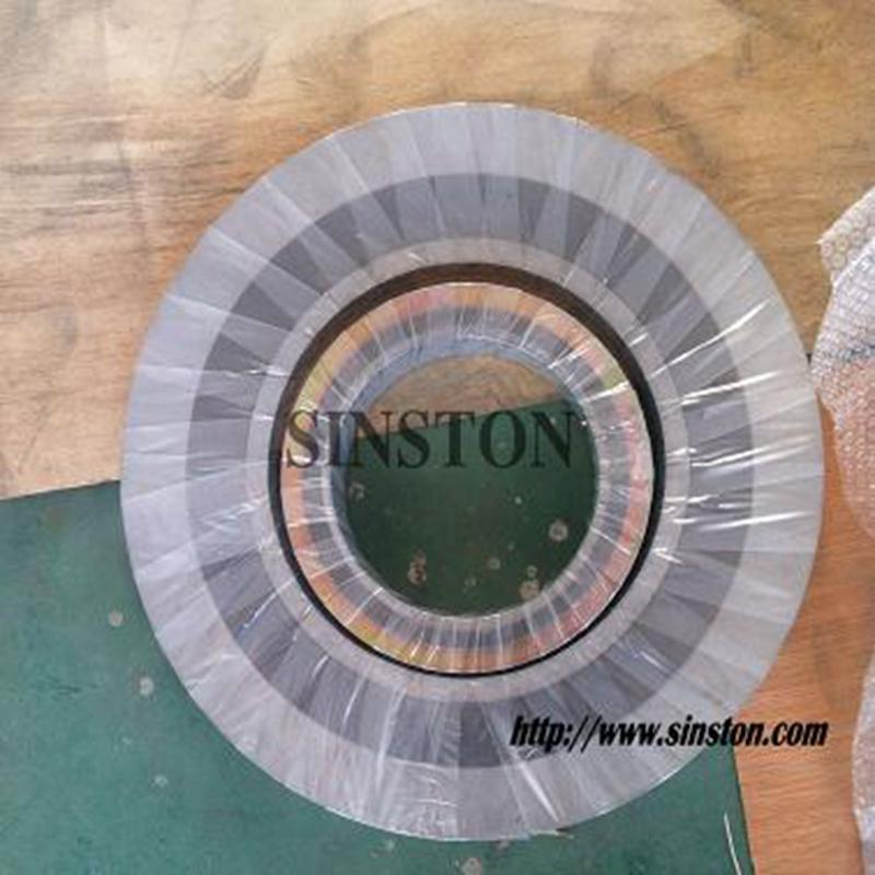 spiral wound gasket with 304 inner ring and carbon steel outer ring 2