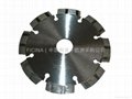 Segmented saw blades for cutting granites