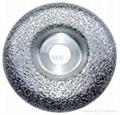 Vacuum brazed diamond grinding plates