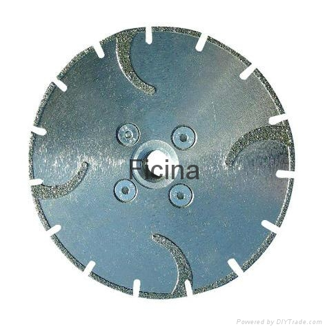 Electro-plated diamond discs with protected -segments 8