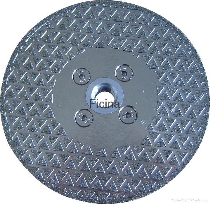 Electro-plated diamond discs with protected -segments 14