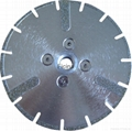 Electro-plated diamond discs with protected -segments