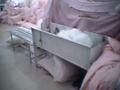 化纖枕頭、靠墊充灌方法 4
