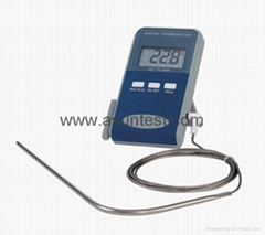 Digital Thermometer with Long Probe
