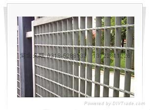 热镀锌格栅板防护栏 2