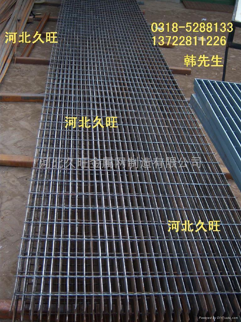 机器压焊钢格板热熔钢格栅板 1