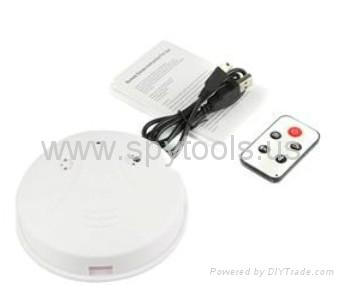 4GB Smoke Detector with 2.0MP Hidden Camera (2.0MP + Remote Control) 3