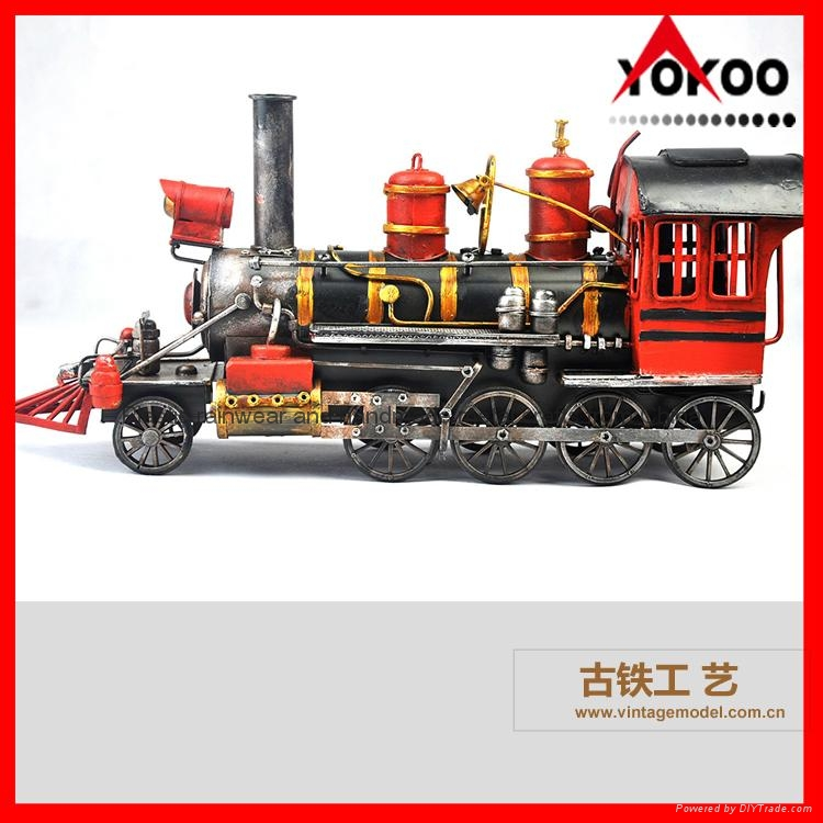Handmade antique metal train model for collection 3