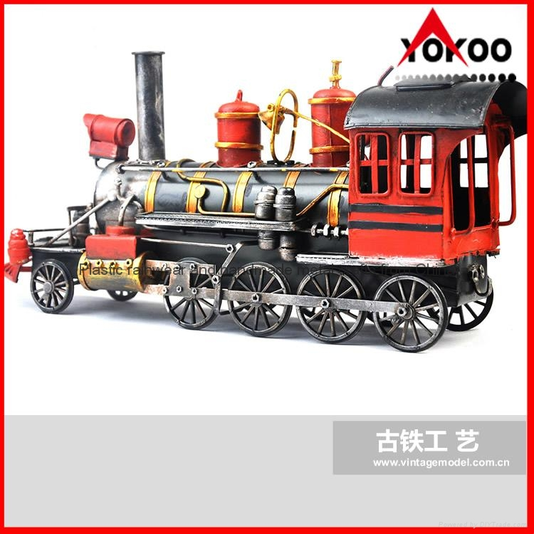 Handmade antique metal train model for collection 4